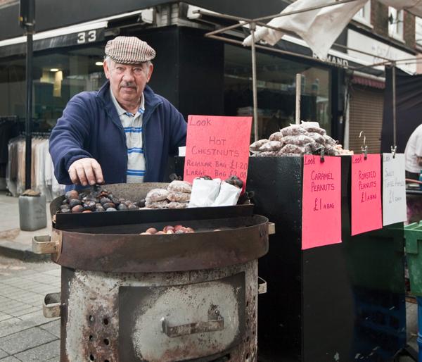 Fred-2-Chesnuts-Wentworth-Street-Market-series-by-Jeremy-Freedman-2011
