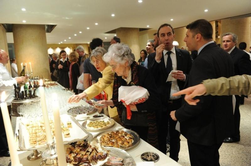 ospiti-buffet-329425