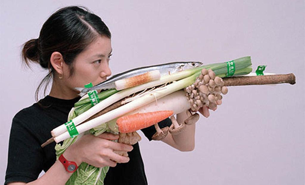 1-Vegetable-Weapon-by-Tsuyoshi-Ozawa
